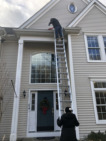 Gutter Cleaning in Danbury, CT (1)